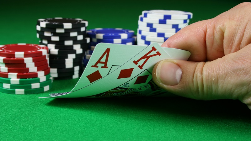 Win the All American Poker Game by Knowing the Game Itself First