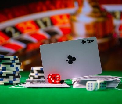 Benefits and drawbacks of playing online casinos games