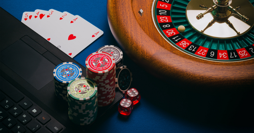 The different promotions and bonuses offered by online casinos