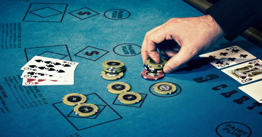 Gambling in online games and industry details